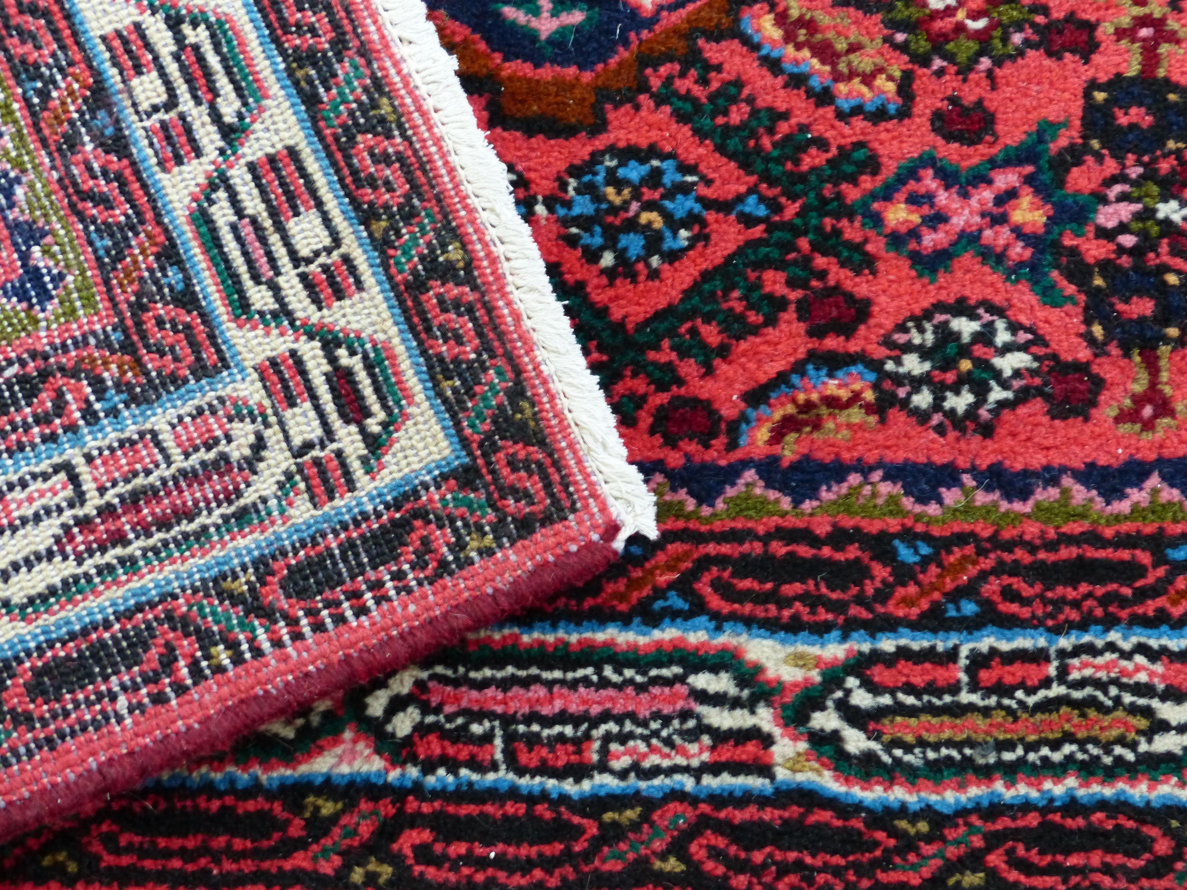 Séjour personnes âgées fixer tapis